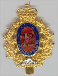 12E REGIMENT BLINDE DU CANADA (OFFICER).jpg (16670 bytes)